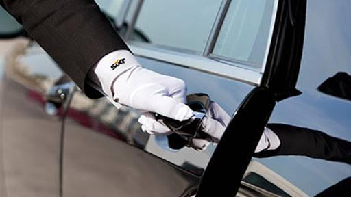 Sixt Limousine service řidič
