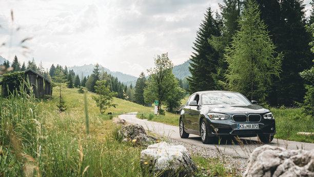 Sixt BMW na cestě vhorách