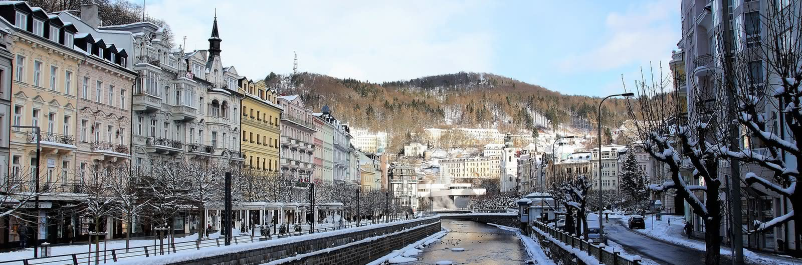 Karlovy Vary zimní panorama